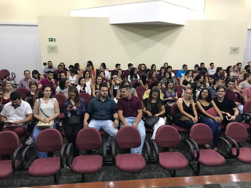 Faculdade Santa Lúcia realiza evento em homenagem ao dia do Administrador